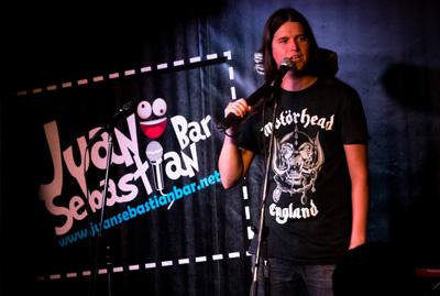Juako Malavirgen en el Juan Sebastian Bar